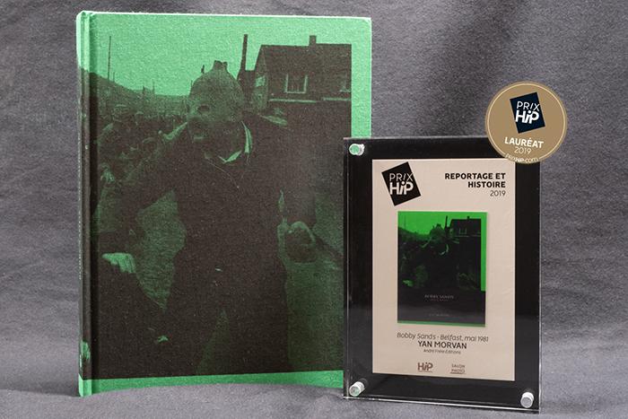 """Lauréat du Prix HiP 2019 catégorie """"Reportage et Histoire"""" : Bobby Sands - Belfast, mai 1981, de Yan Morvan (André Frère éditions)"""